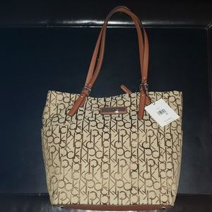 New with Tags Calvin Klein Tote Bag Style H6JBF283